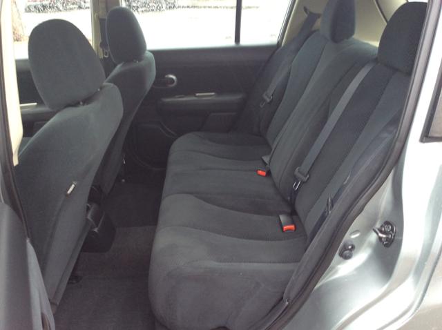 2011 Nissan Versa 1.8 S 4dr Hatchback 4A - Seattle WA