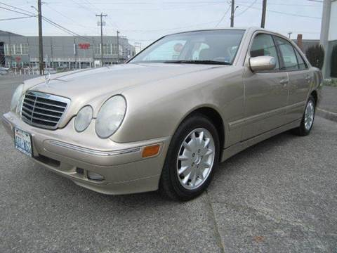 Auto connections seattle used cars seattle wa dealer for Mercedes benz dealership seattle