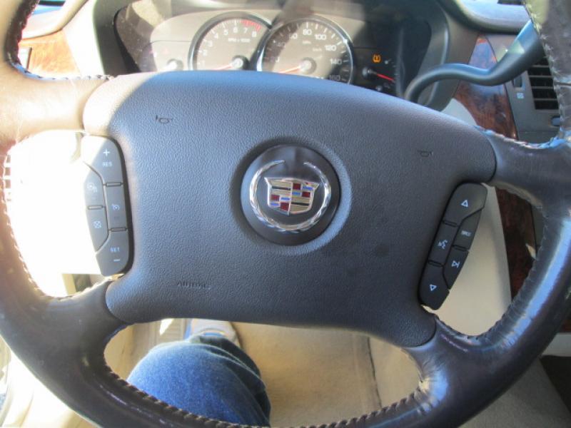 2007 Cadillac DTS 4dr Sedan - Chadron NE