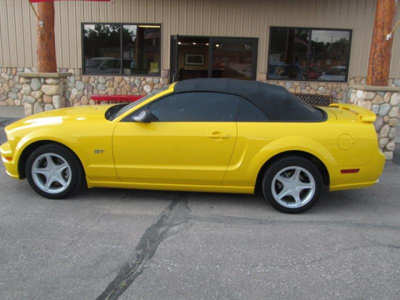 2006 Ford Mustang GT - Chadron NE