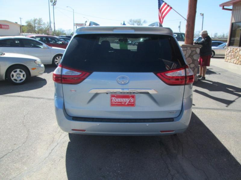 2015 Toyota Sienna  - Chadron NE