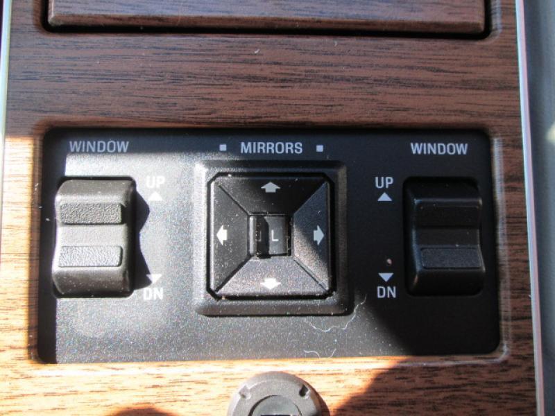 1989 Lincoln Mark VII Bill Blass 2dr Coupe - Chadron NE