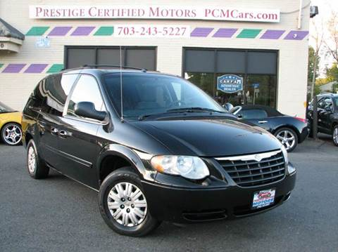 2006 Chrysler Town and Country for sale in Falls Church, VA
