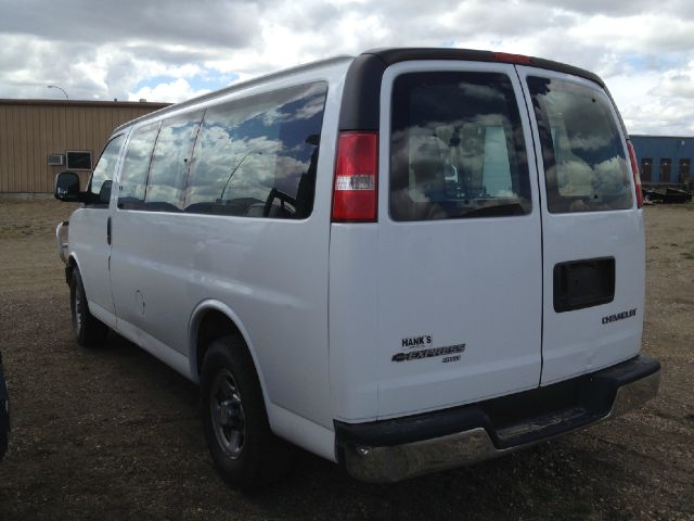 "2004 Passenger Van ""All Wheel Drive"" Chevrolet 8 Passenger Stk#5447"