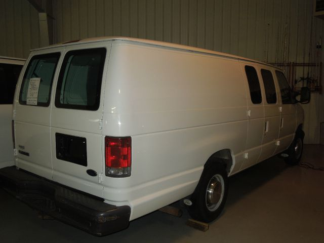 "2006 Cargo Van ""Extended"" Ford in Excellent Condition Stk#5426"