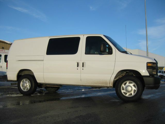 2008 Cargo Van Ford 1 Ton w Contractors Package! Stk#5309