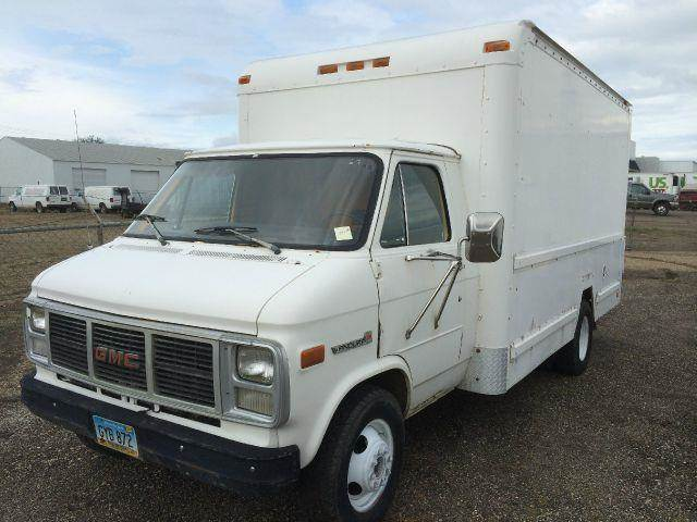 1990 Cube Van Box Truck GMC Roll Up Dr, EXC Tires #546