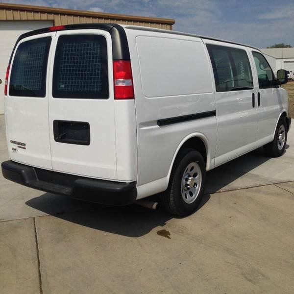2013 Cargo Van ALL WHEEL DRIVE Contractors Pk