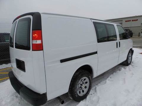 2013 ALL WHEEL DRIVE Chevy Cargo LIKE NEW, Just off Lease