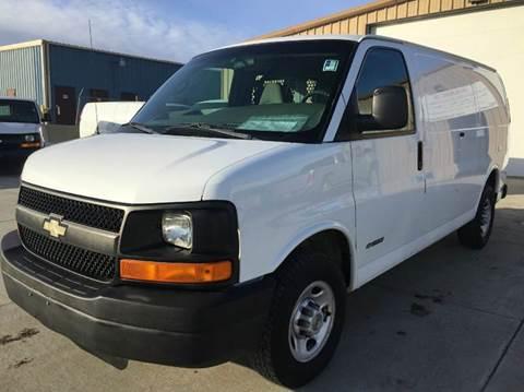 2004 Chevrolet 3/4 Ton Cargo.  Contractors Option.  LOW MILES