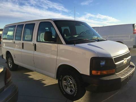 2005 Chevy 8 Passenger Van Excellent Condition Inside & O