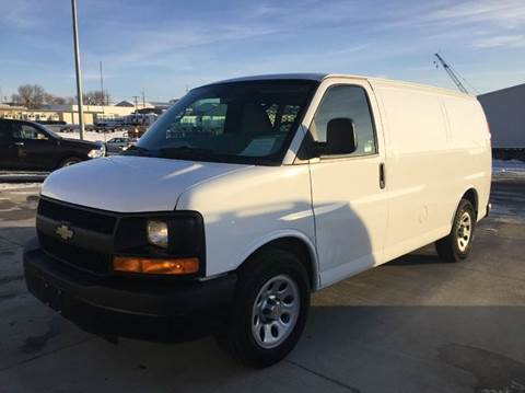 "2013 ALL WHEEL DRIVE ""Off Lease from soft use lessee"" Chevy G1500"
