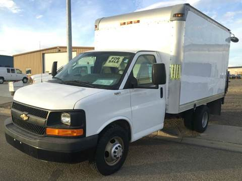 2010 Chevy Cube Van w Tommy Lift Gate & 3 Rows of E-Track