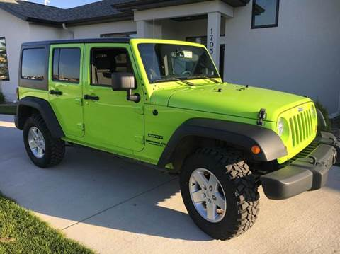 2013 Jeep Wrangler Unlimited Sport LIKE NEW, Sunroof, NEW Tires