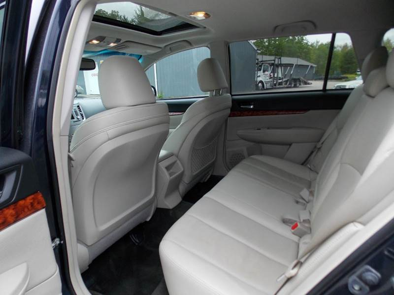 2012 Subaru Outback AWD 2.5i Limited 4dr Wagon CVT - Westbrook ME