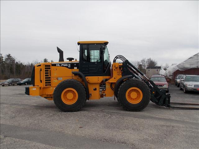 2012 Hyundai HL740TM-9 Wheel Loader - Westbrook ME
