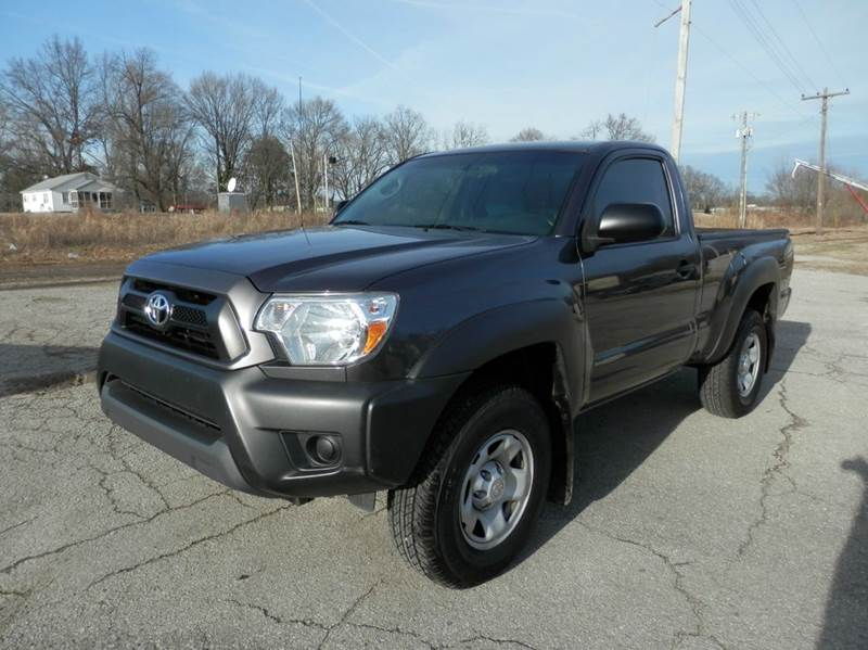 2013 toyota tacoma base 4x4 2dr regular cab 6 1 ft sb 5m in milan tn beards auto sales. Black Bedroom Furniture Sets. Home Design Ideas