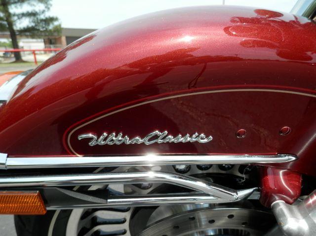 2010 Harley-Davidson Ultra Classic Electra Glide FLHTCU - Milan TN