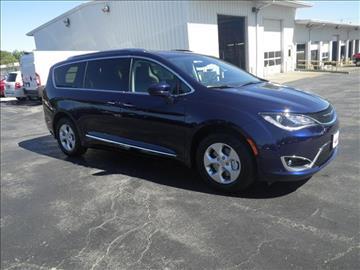 2017 Chrysler Pacifica for sale in Lansing, KS