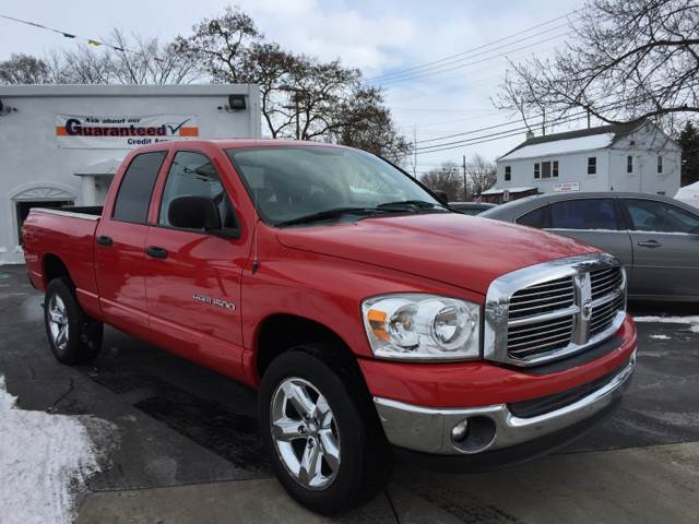2007 dodge ram pickup 1500 slt 4dr quad cab 4wd sb in clinton township mi makdisi motors. Black Bedroom Furniture Sets. Home Design Ideas
