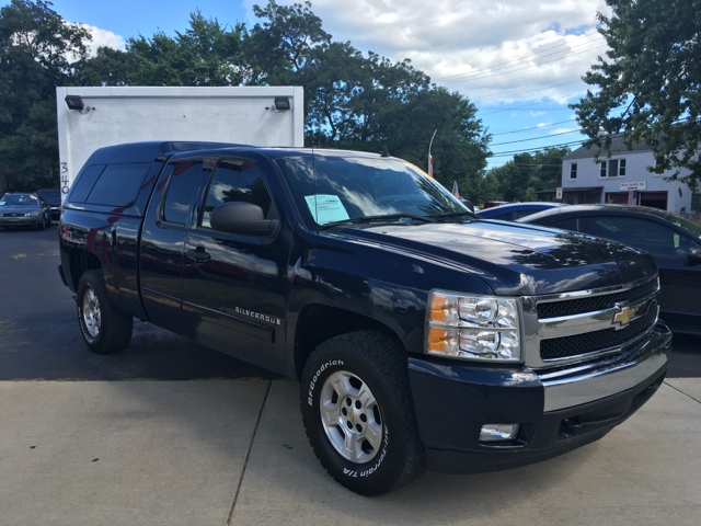 2008 chevrolet silverado 1500 lt1 4wd 4dr extended cab 6 5 ft sb in clinton township mi. Black Bedroom Furniture Sets. Home Design Ideas
