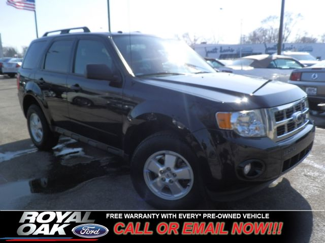 2011 FORD ESCAPE XLT FWD tuxedo black certified pre-owned warranty fwd xlt with cloth seats c
