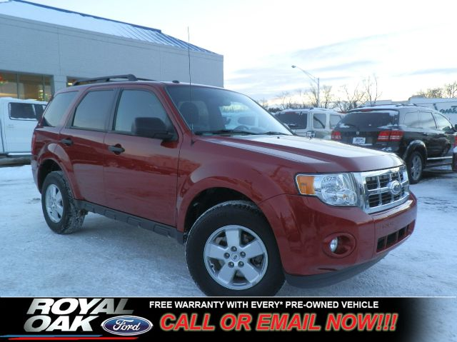 2011 FORD ESCAPE XLT FWD red free royal shield warranty xlt equipped with cloth seats cd pla