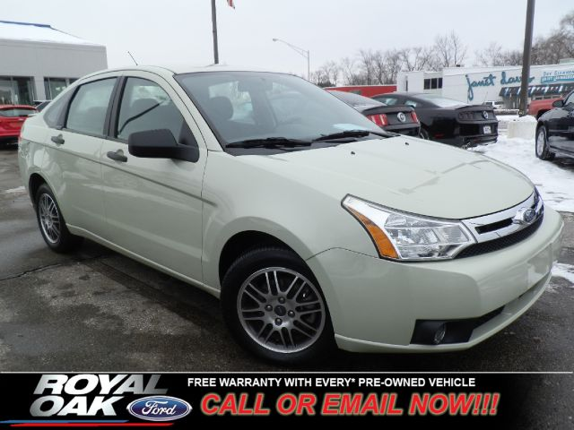 2011 FORD FOCUS SE SEDAN green free royal shield warranty nicely equipped se with sync blueto