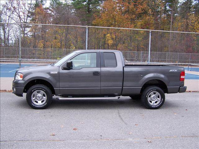 2005 ford f 150 stx 4x4 in derry nh william 39 s car sales. Black Bedroom Furniture Sets. Home Design Ideas