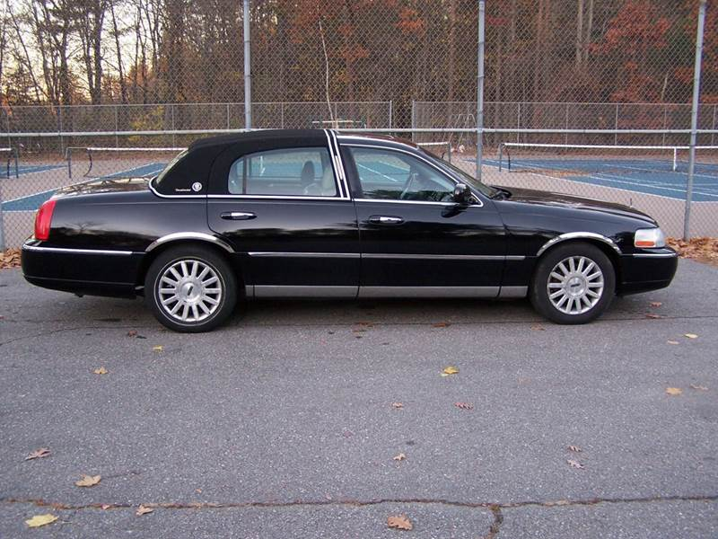2003 lincoln town car presidential in derry nh william 39 s. Black Bedroom Furniture Sets. Home Design Ideas