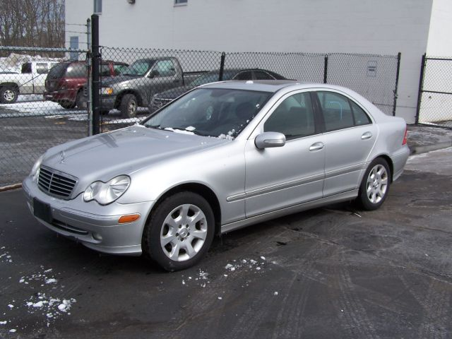 2005 mercedes benz c class c240 4matic for sale in derry for Mercedes benz c class c240