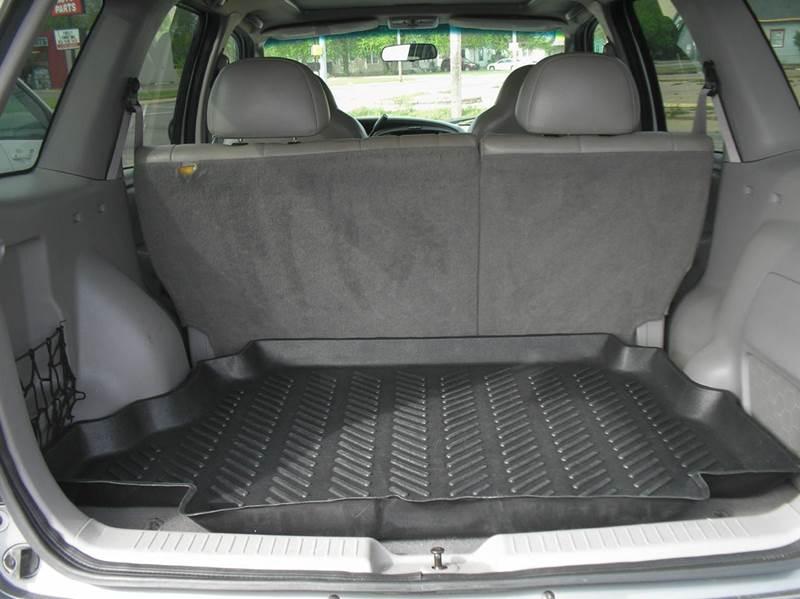 2001 Mazda Tribute ES-V6 2WD 4dr SUV - Hutchinson KS