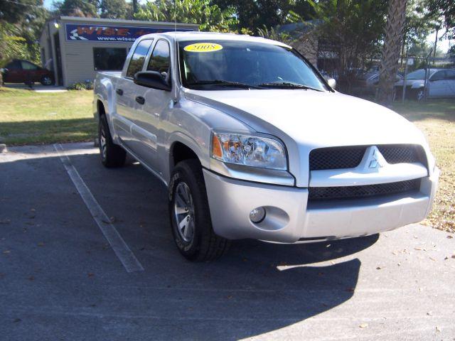 2008 Mitsubishi Raider