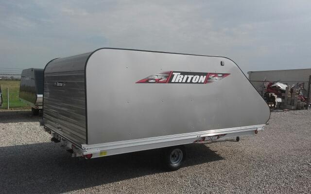 2016 Triton XT12VR with Triton 2kf Cover