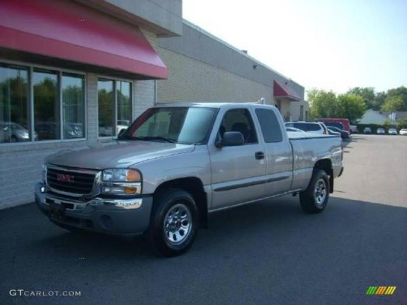 2006 GMC SIERRA 1500 SLE gray this is a beautiful gray 2006 gmc sierra 4 door cab extended autom