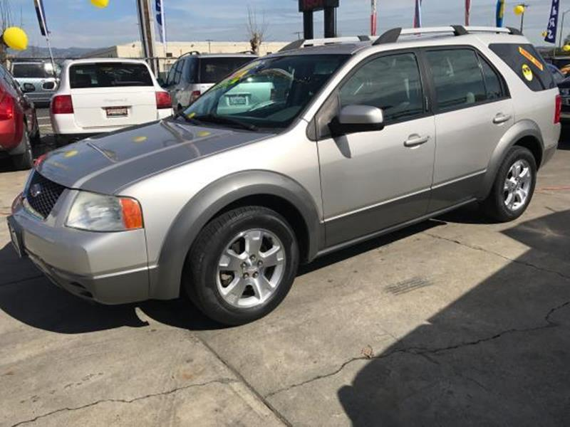 2007 FORD FREESTYLE SEL 4DR WAGON silver this is a beautiful silver 2007 ford freestyle 4 door wa