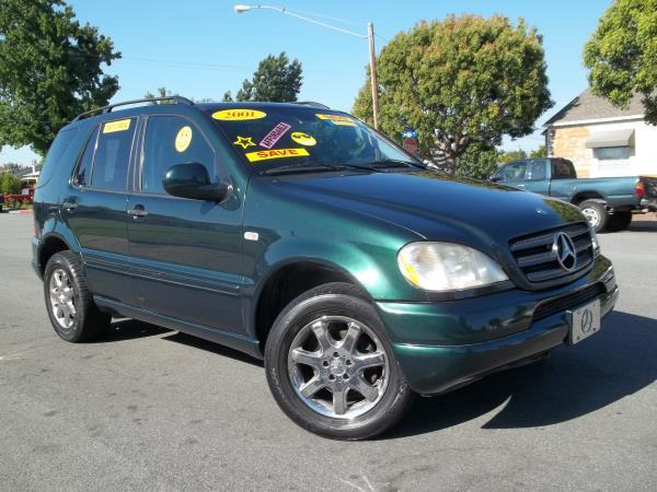 2001 MERCEDES-BENZ M-CLASS green this is a green 2001 mercedes-benz m-class 4 door wagon automatic