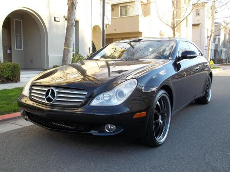 2007 MERCEDES-BENZ CLS CLS550 4DR SEDAN black this is a beautiful black 2007 mercedes-benz cls-cl