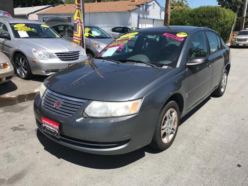 2005 SATURN ION 2 4DR SEDAN gray this is a beautiful gray 2005 saturn ion 4 door sedan 5 speed au