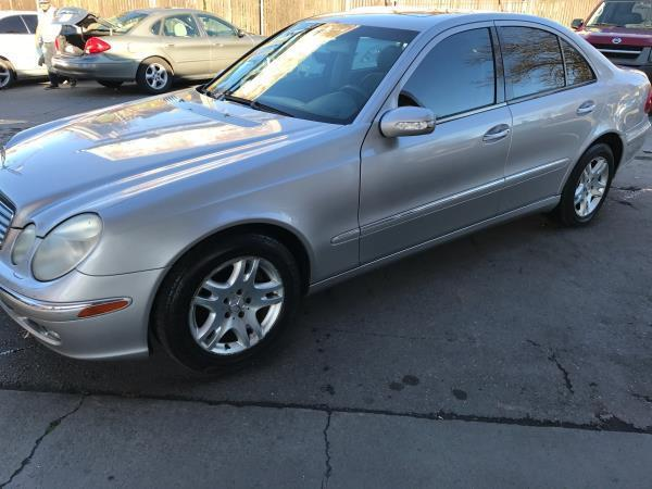 2004 MERCEDES-BENZ E-CLASS E320 4DR SEDAN silver this is a beautiful 2004 mercedes-benz e-class 4