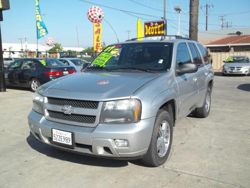 2007 CHEVROLET TRAILBLAZER silver this is a beautiful silver 2007 chevrolet trailblazer 4 door su