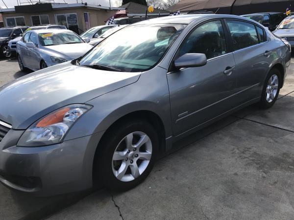 2008 NISSAN ALTIMA HYBRID BASE 4DR SEDAN charcoal this is a beautiful charcoal 2008 nissan altima