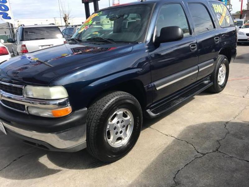 2005 CHEVROLET TAHOE LS 4DR SUV blue this is a beautiful blue 2005 chevrolet tahoe 4 door wagon v