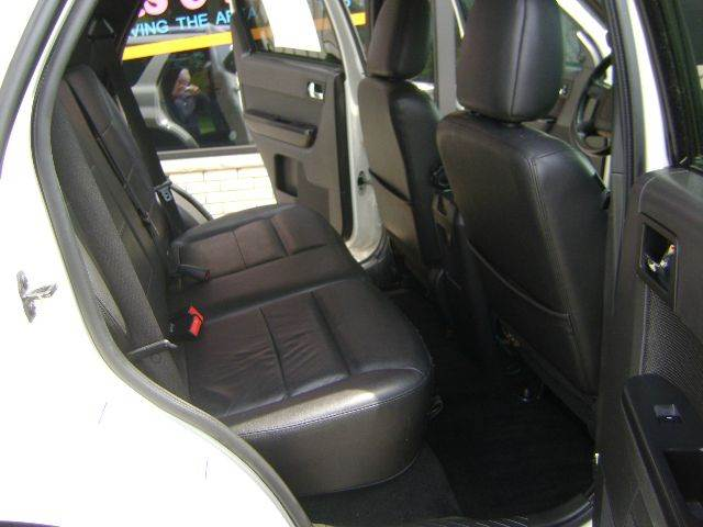 2011 Ford Escape AWD Limited 4dr SUV - Schofield WI