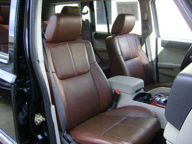 2006 Jeep Commander Limited 4dr SUV 4WD - Schofield WI