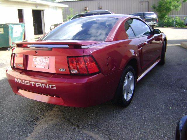2003 Ford Mustang 2dr Fastback - Schofield WI