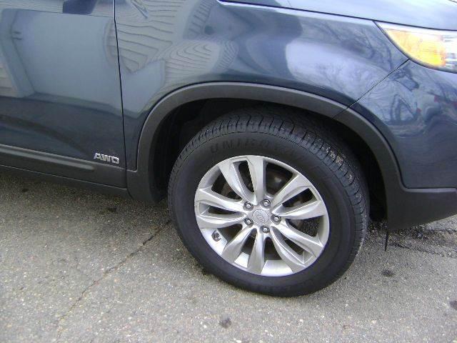 2011 Kia Sorento AWD LX 4dr SUV (V6) - Schofield WI
