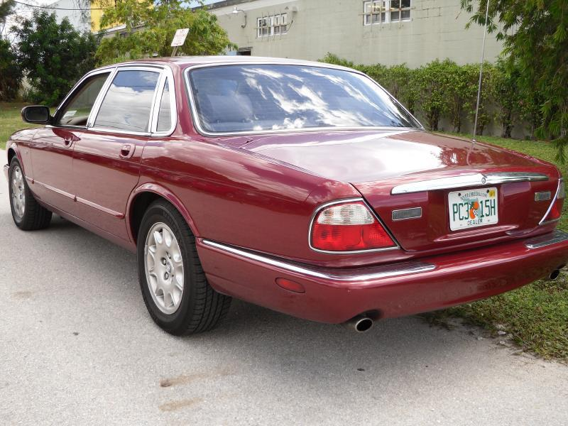 2000 Jaguar XJ-Series XJ8 4dr Sedan - Pompano Beach FL