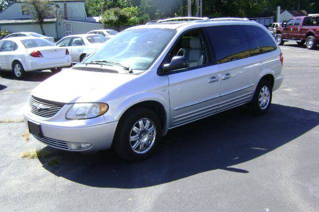 2004 Chrysler Town and Country for sale in Abington MA