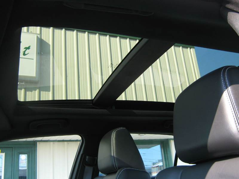 2014 Chrysler 300 S 4dr Sedan - Clyde OH